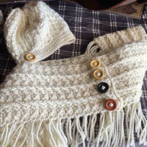 Accessories - Handmade infinity scarf and beanie